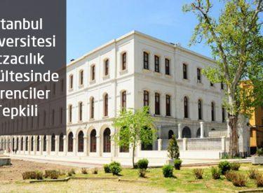 İstanbul Eczacılık'ta Öğrenciler Tepkili