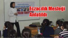 Eczacılık mesleği ortaokul öğrencilerine tanıtıldı