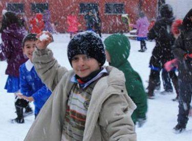 8 ocak 2015 perşembe Uşak'da okullar tatil mi