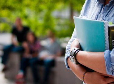 Eczacılık öğrencileri nerelerden burs alabilir