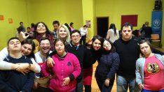 Ege Üniversitesi Eczacılık Fakültesi öğrencileri dans eğitimi alıyor. +1 farkla!