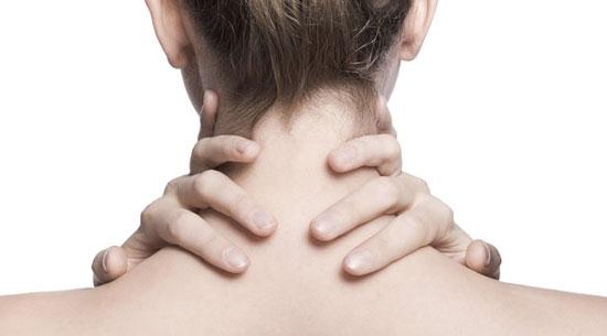 Boyun tutulması için hangi doktora gidilir? Hangi bölüm doktoru bakar